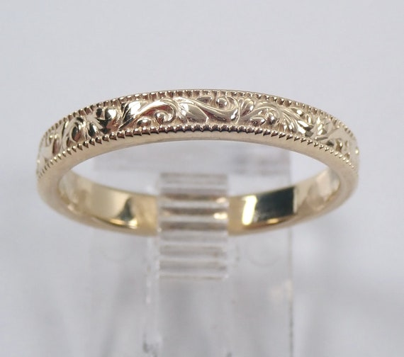 Engraved Wedding Ring, Stackable Anniversary Band, 14K Yellow Gold Millgrain Band, 14K White Gold Stackable Ring, 14K Rose Gold Ring