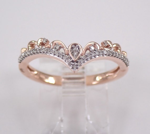 Modern Diamond V Chevron Cocktail Ring Rose Gold Stackable Fashion Ring Size 7 FREE Sizing