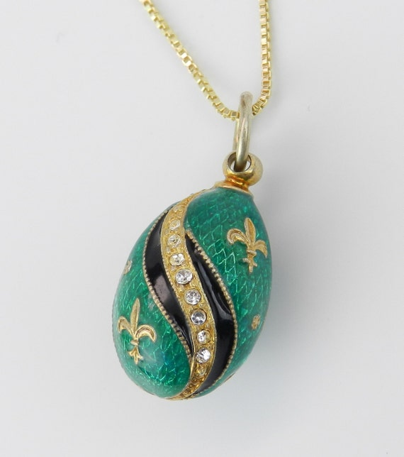 "18K Yellow Gold over Sterling Silver Green Enamel Fleur De Lis Swarovski Crystal Pendant with Chain 20"" Faberge Style Egg"