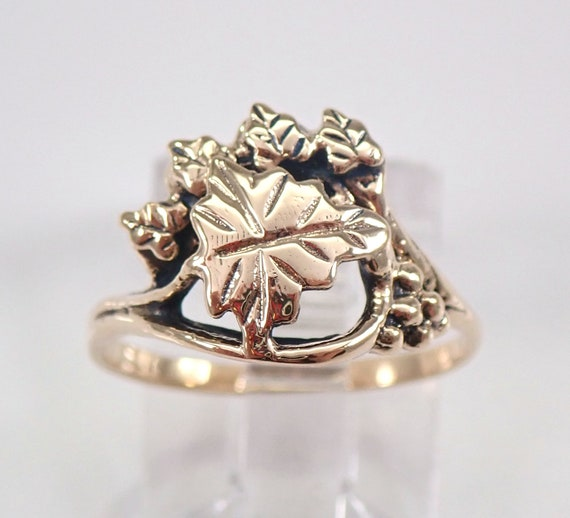 Vintage Estate Antique 14K Yellow Gold Grape Leaf Ring Size 5 Circa 1970's