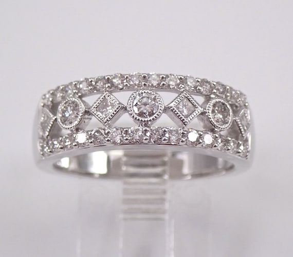 14K White Gold .90 ct Diamond Wedding Ring Anniversary Band Stackable Size 7
