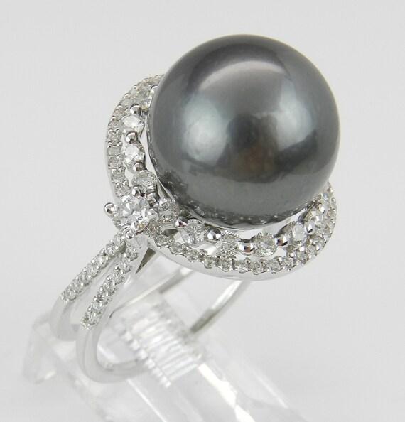 Black Pearl Ring, Diamond and Pearl Engagement Ring, Tahitian Pearl Ring, 18K White Gold Diamond and Pearl Ring, Diamond Halo Ring