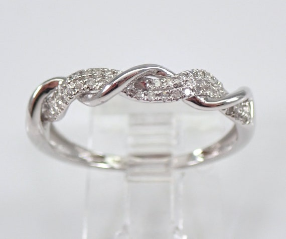 Crossover Diamond Wedding Ring Anniversary Band White Gold Sizable Size 7.25