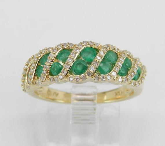 Diamond and Emerald Anniversary Band Wedding Ring 14K Yellow Gold Size 6.75 May Birthstone