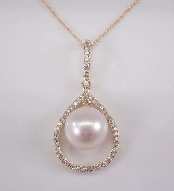 "14K Yellow Gold Diamond and Pearl Drop Pendant Necklace with Chain 18"" June Birthstone"
