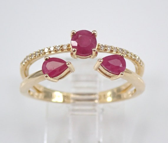 Yellow Gold Ruby and Diamond Wedding Ring Anniversary Multi Row Band Size 7