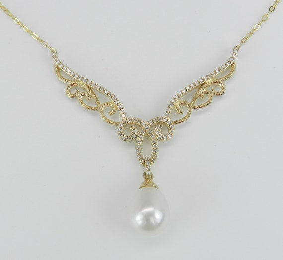 "Pearl and Diamond Necklace set in 14K Yellow Gold Wedding Pendant Necklace Chain 18"" Angel Wings"