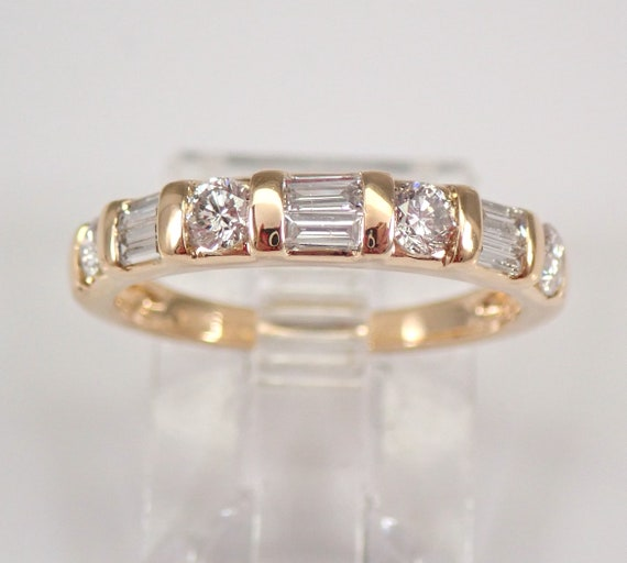 Diamond Wedding Ring Anniversary Band 14K Yellow Gold Sizable Size 5.25 FREE SIZING