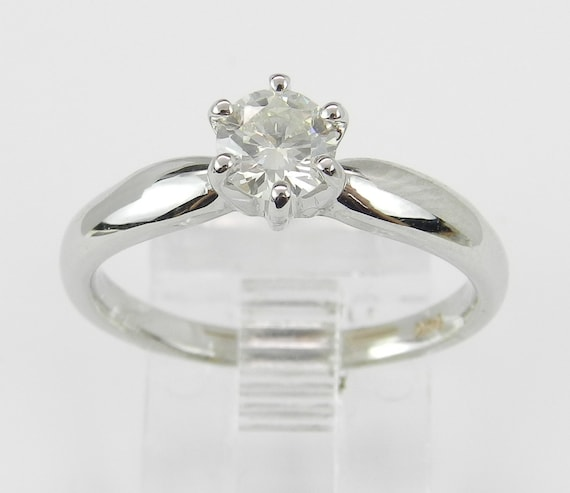 Solitaire Diamond Engagement Ring 14K White Gold Round Brilliant