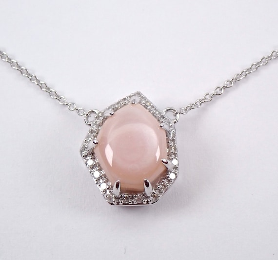 "White Gold Pink Mother of Pearl and Diamond Halo Pendant Necklace 18"" Chain"