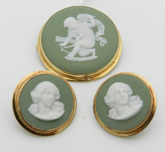 Wedgwood Cameo Earrings Brooch Pin Pendant Set Antique Vintage 14K Yellow Gold
