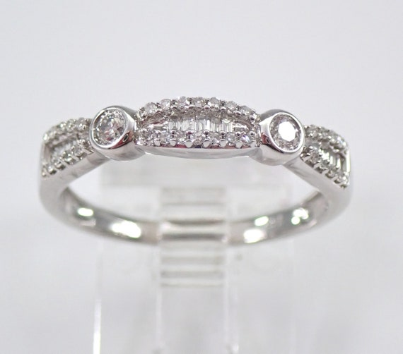 Diamond Wedding Ring Anniversary Band 14K White Gold Sizable Size 7.25 Stackable FREE SIZING