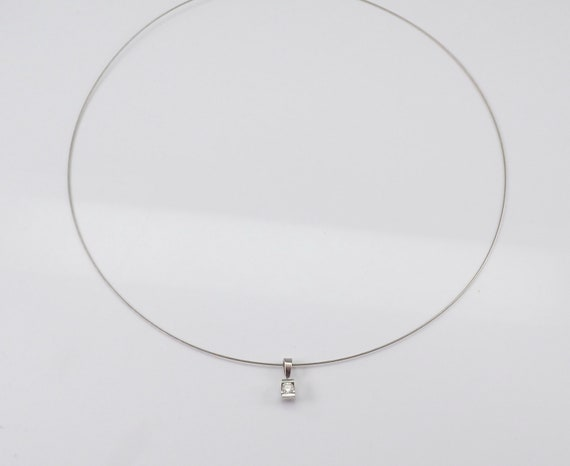 """14K White Gold Solitaire Pendant Necklace 17"""" Wire Cable Chain Choker"""