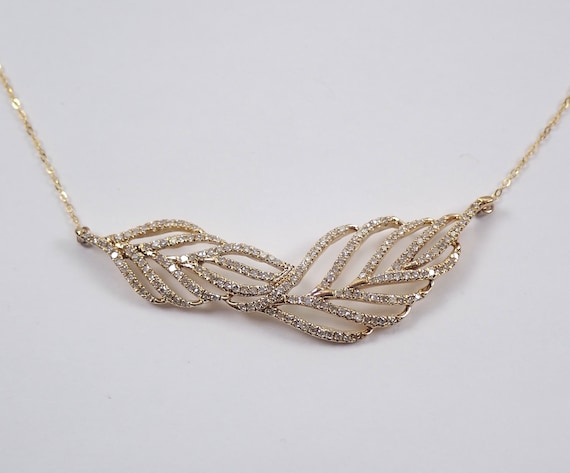 "Yellow Gold Diamond Feather Necklace 17"" Chain Wedding Gift Bar Pendant Design"