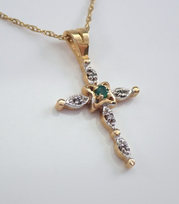 """Vintage Estate 14K Yellow Gold Diamond and Emerald Cross Pendant Necklace 18"""" Chain Religious Charm"""