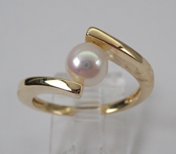 Sale Price! Yellow Gold Pearl Solitaire Bypasss Engagement Ring Size 7.5 June Birthstone FREE Sizing