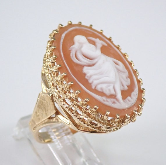Vintage Antique Cameo Solitaire Ring 14K Yellow Gold Size 7.75