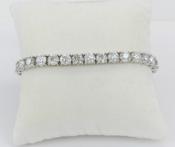 18K White Gold 16.54 ct Diamond Tennis Bracelet Traditional Prong Set