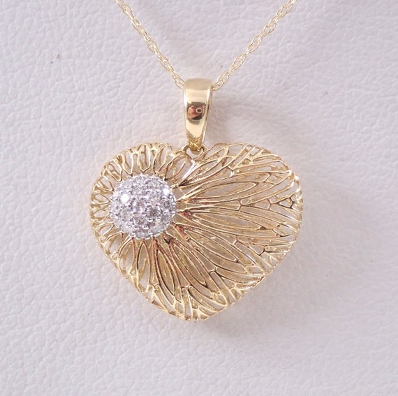 "14K Yellow Gold Diamond Heart Pendant Necklace 18"" Chain Cluster Great Gift"