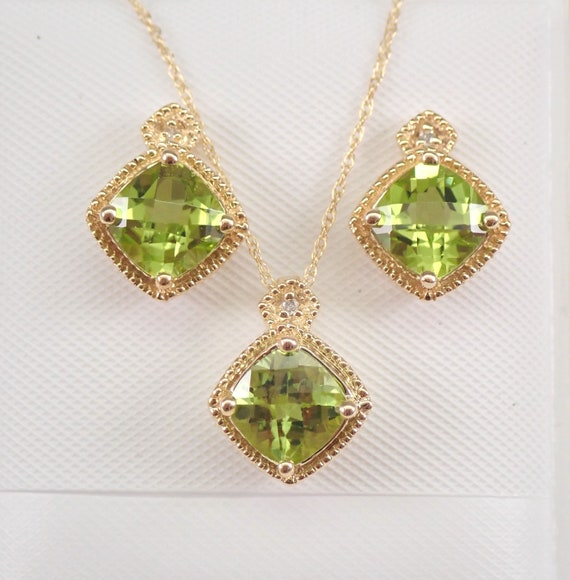 "Yellow Gold Diamond and Peridot Pendant Necklace Earrings Set 18"" Chain August Birthstone"