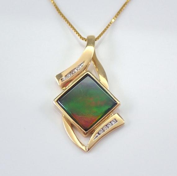 "18K Yellow Gold Vintage Estate Labradorite and Diamond Pendant Necklace 20"" Chain"