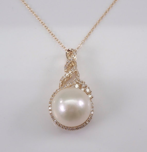 "14K Yellow Gold Diamond and 13.5 mm Pearl Pendant Necklace Chain 18"" June Gemstone"