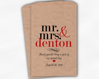 Mr & Mrs Candy Buffet Bags - Personalized Last Name Wedding Favor Bags - Black and Red Kraft Paper Treat Bags (0188)