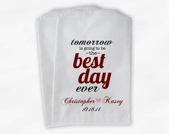 Best Day Ever Wedding Candy Buffet Treat Bags - Maroon Personalized Rehearsal Favor Bags with Names and Date - Custom Paper Bags (B0102)