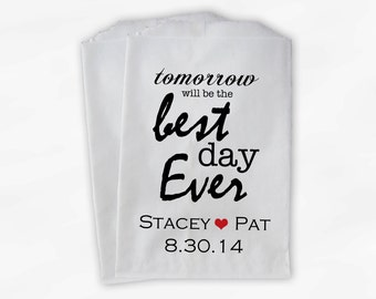 Best Day Ever Wedding Candy Buffet Treat Bags - Personalized Favor Bags with Couple's Names and Wedding Date - Custom Paper Bags (0028)