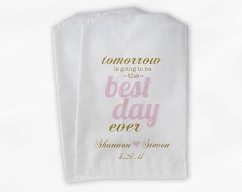 Best Day Ever Wedding Candy Buffet Treat Bags - Pink & Gold Personalized Rehearsal Favor Bags with Names Date - Set of 25 Paper Bags (0102)