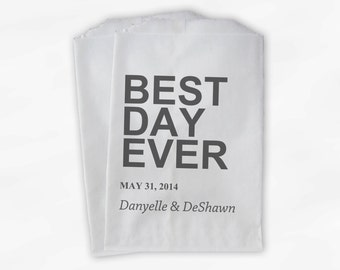 Best Day Ever Wedding Candy Buffet Treat Bags - Charcoal Gray Personalized Favor Bags with Names and Wedding Date - Custom Paper Bags (0064)