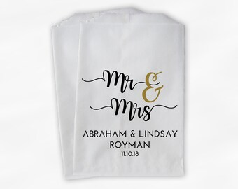 Mr & Mrs Candy Buffet Bags in Black and Gold - Personalized Bride, Groom, and Last Name Wedding Favor Bags - Set of 25 Paper Treat Bags