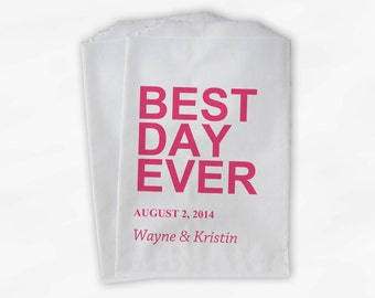 Best Day Ever Wedding Candy Buffet Treat Bags - Pink Personalized Favor Bags with Names and Wedding Date - Custom Paper Bags (0064)