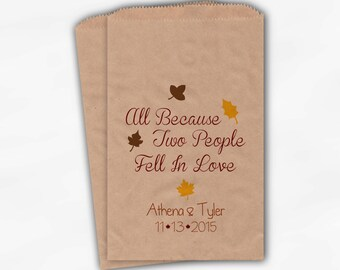 Two People Fell In Love Wedding Candy Buffet Treat Bags - Fall Leaves Personalized Kraft Paper Favor Bags with Names and Wedding Date (0105)