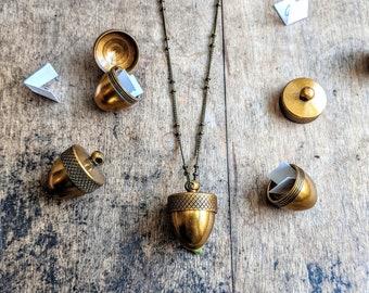 Acorn Locket Necklace / Acorn Jewelry / Keepsake Necklace / Urn / Acorn Lover / Amulet / Note Necklace