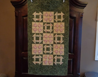 Pink Tulips runner, Churndash quilt, Tablerunner 0325-02