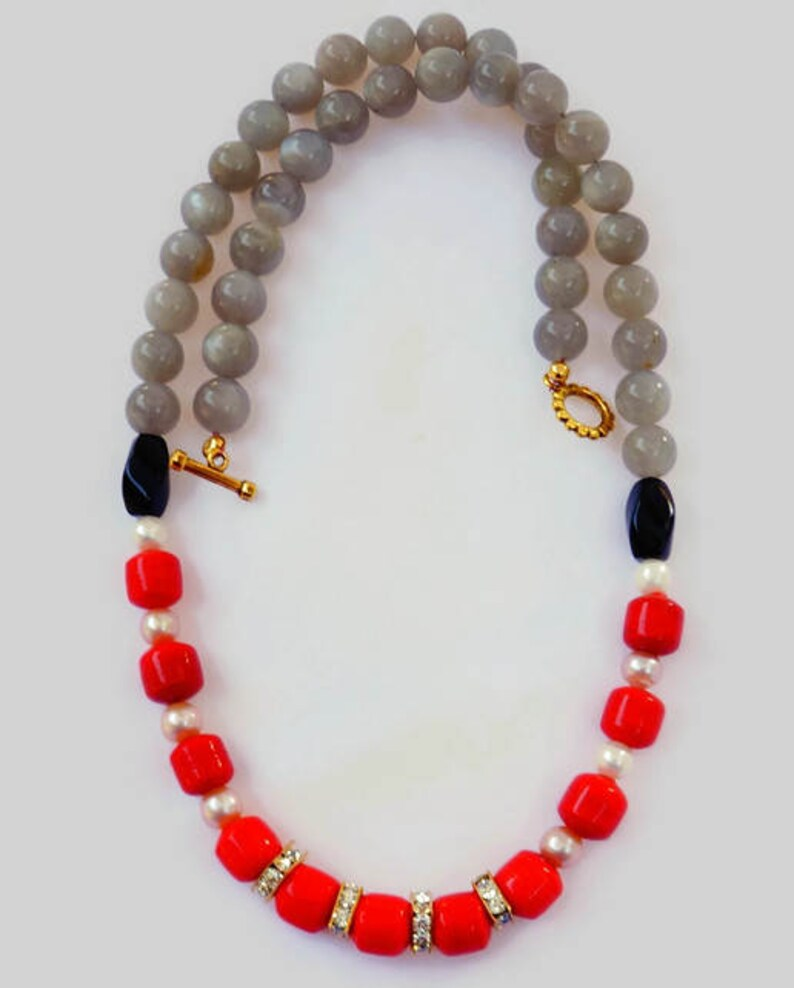 903239eb0b2c Grueso collar de Coral rojo con ágata, ónix, perlas y separadores de  diamantes de imitación, collar de Coral rojo, regalo para el día de la  madre, ...