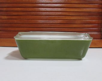 Pyrex Green 1.5 Quart Casserole with Lid