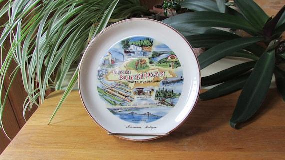 Vintage Metal Michigan Souvenir Bowl Collectible Display
