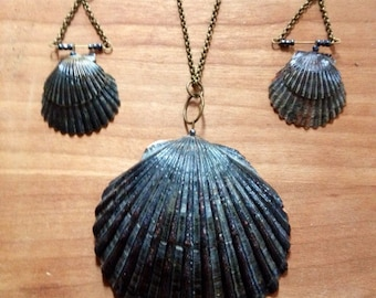 Earrings & Necklace Scallop Shell