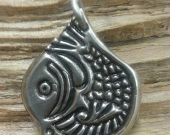 07.249.SV  -925 Silver fish Pendant