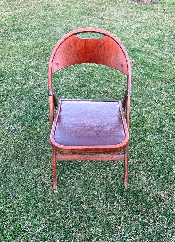 Incredible Antique Clarin Folding Chair Theatre Chair Antique Clarin Leather And Cherry Wood Folding Chair With Brass Hardware Bralicious Painted Fabric Chair Ideas Braliciousco