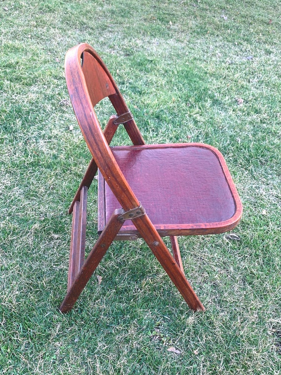Fine Antique Clarin Folding Chair Theatre Chair Antique Clarin Leather And Cherry Wood Folding Chair With Brass Hardware Caraccident5 Cool Chair Designs And Ideas Caraccident5Info