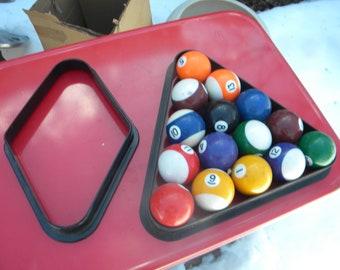 Good Shape Vintage ARAMITH POOL BALLS Billiards Table With 9 Ball Rack