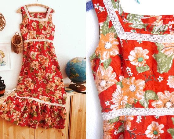 Floral BOHO MAXI DRESS, vintage red white floral h