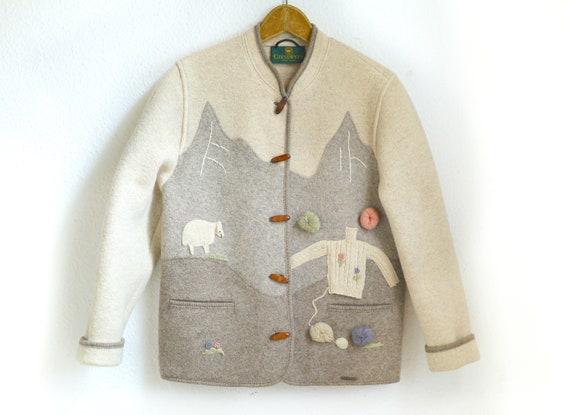 Vintage beige wool Jacket / Folk Knit cardigan bei