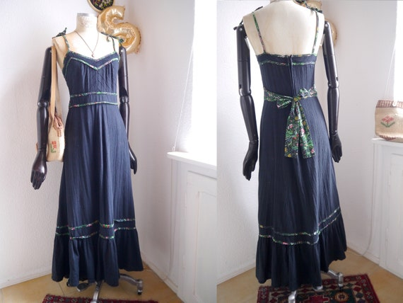 Boho MAXI DRESS/ Vintage cotton dress / black 70s