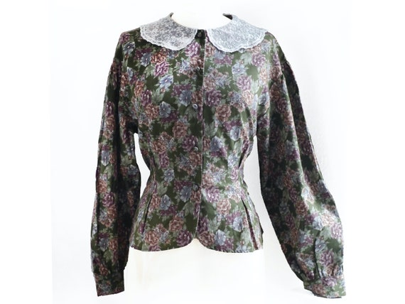 Blouse with Lace Peter Pan collar / green floral p