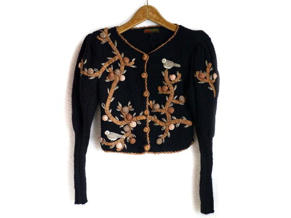 Austrian Puff shoulder CARDIGAN / Luxurious embroi