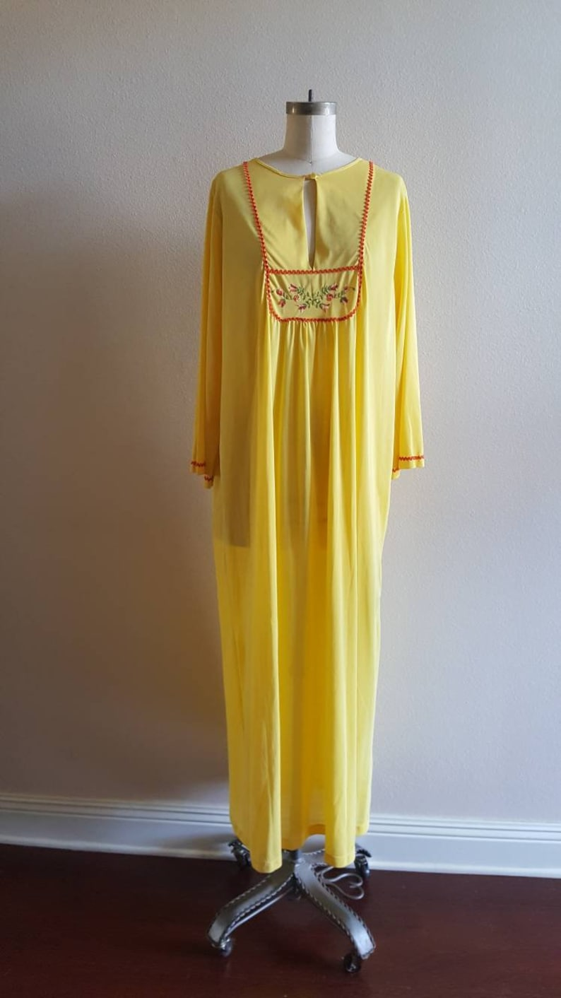 c5a2f53e9c10 Yellow Long Night Gown by Lane Bryant 42 44